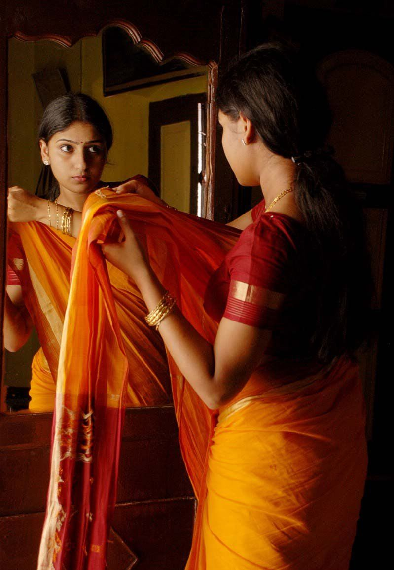 Hot tamil actress 2012 tamil actress saree akshaya hot auto design