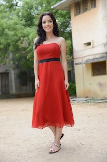 Kristina Akheeva dazzling in red 036.jpg