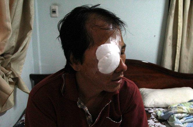 Triệu tập 5 thanh niên nhậu say, rủ nhau ném đá xe khách Thuận Tiến Gia Lai cho vui