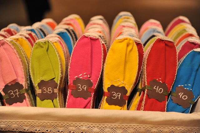 Alpargatas para invitadas de boda colores