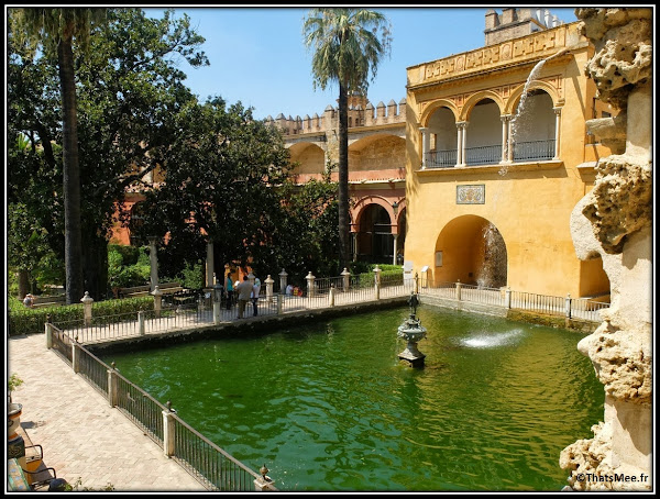Séville Real Alcazar Jardins fontaine Palais