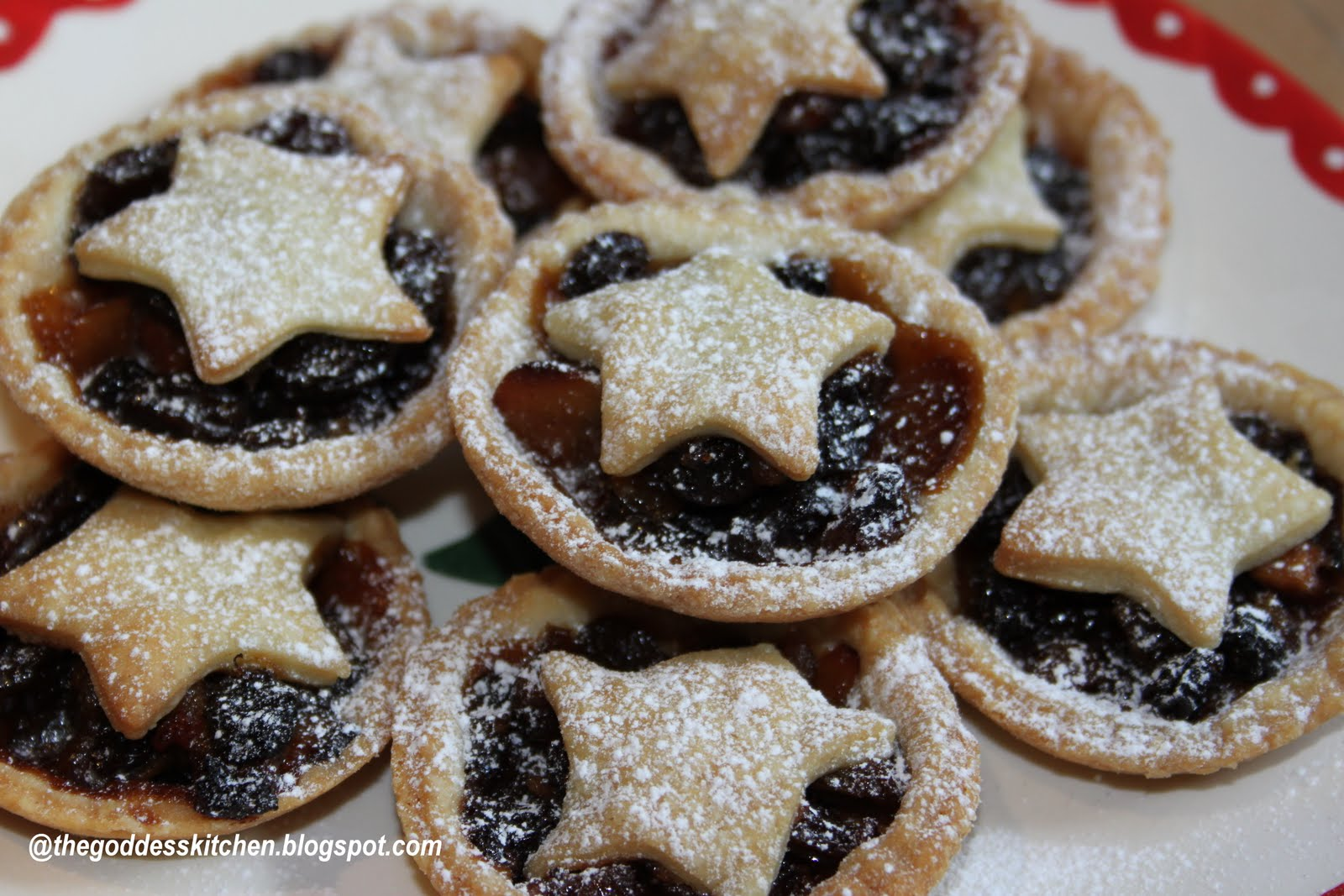 Homemade mince pies for English mincemeat recipe