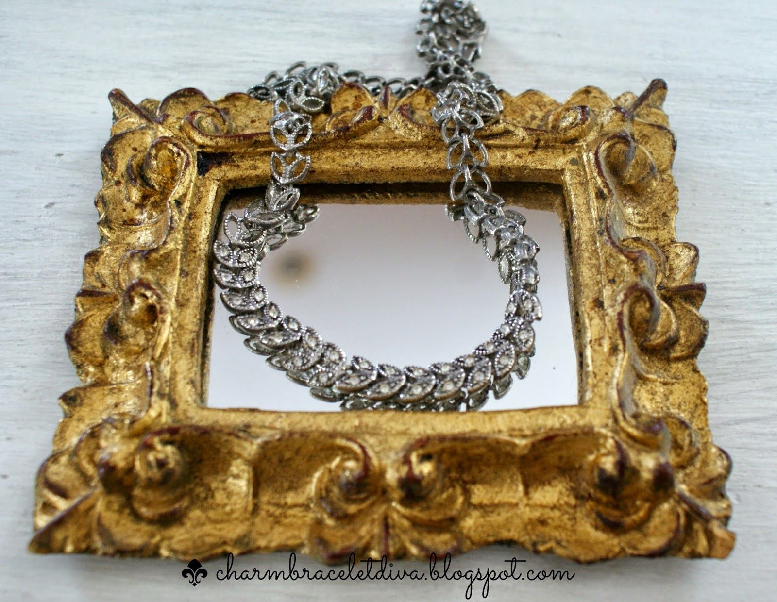 vintage rhinestone laurel leaf necklace