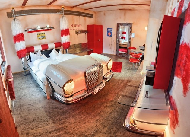V 8 Hotel in Stuttgart, Germany