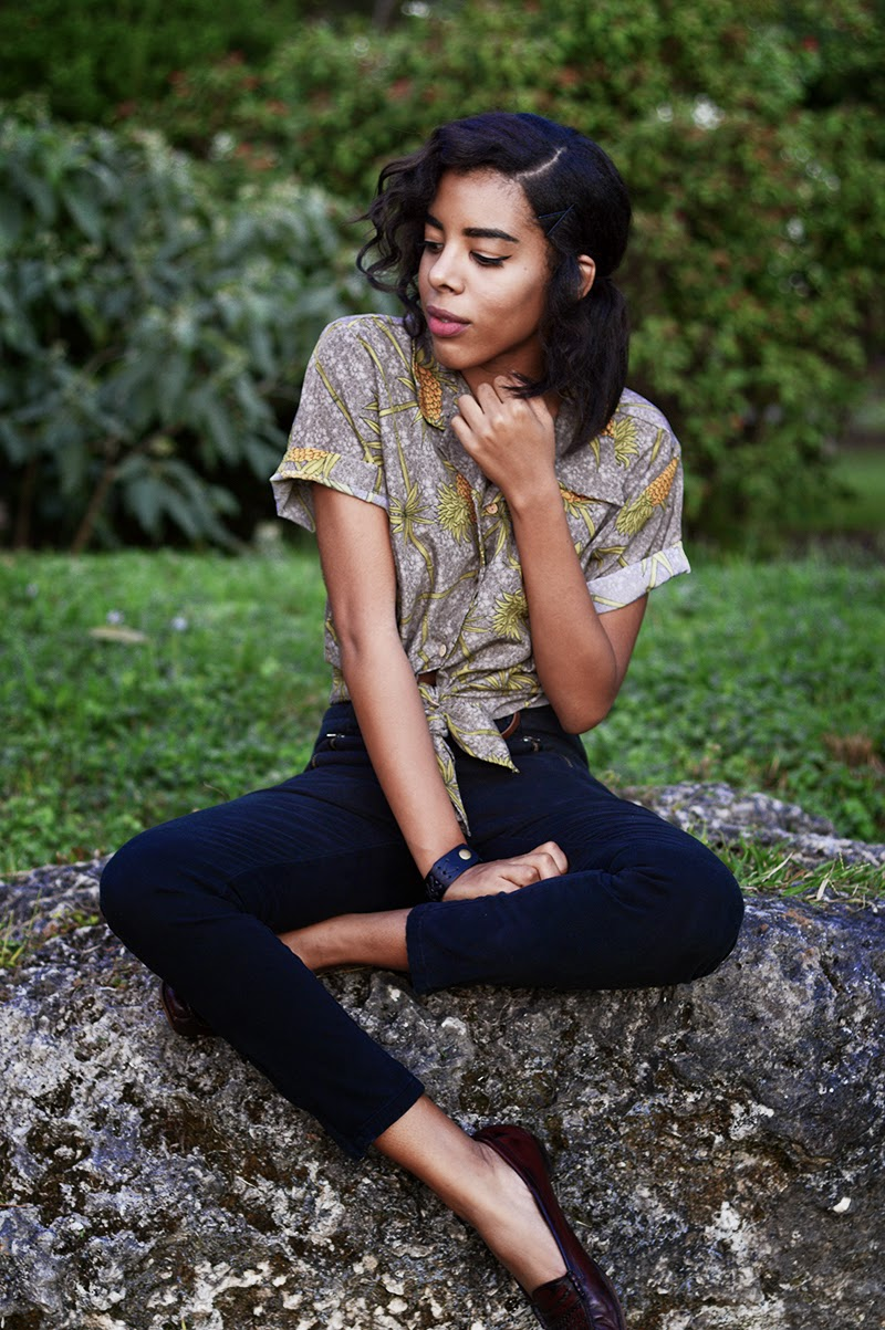 Miami Fashion Blogger Anais Alexandre of Down to Stars in a vintage pineapple fruit print top with high waisted black pants and vintage loafers