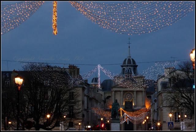 Noël place Hoche Notre Dame Versailles