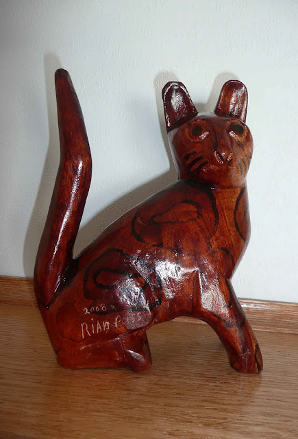 Jamaican Wooden Kitty
