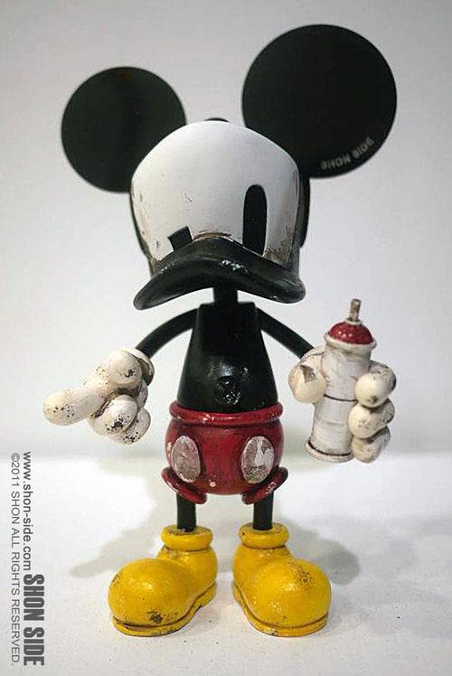 http://4.bp.blogspot.com/-rF5JNRbnGW8/TvoCZBHj_iI/AAAAAAAALBg/a1vrI--v3zs/s1600/Cap-Duck.jpg
