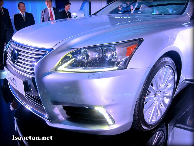 Check out the front of the Lexus LS460L