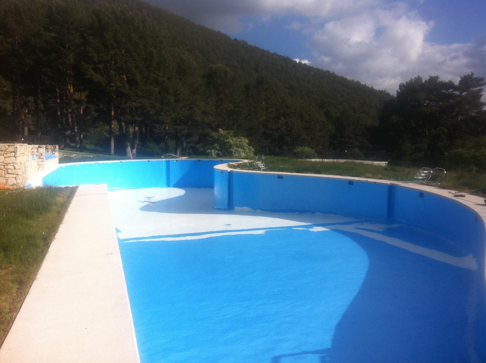 Pintura y madera piscinas de poliester pintado for Pintado de piscinas