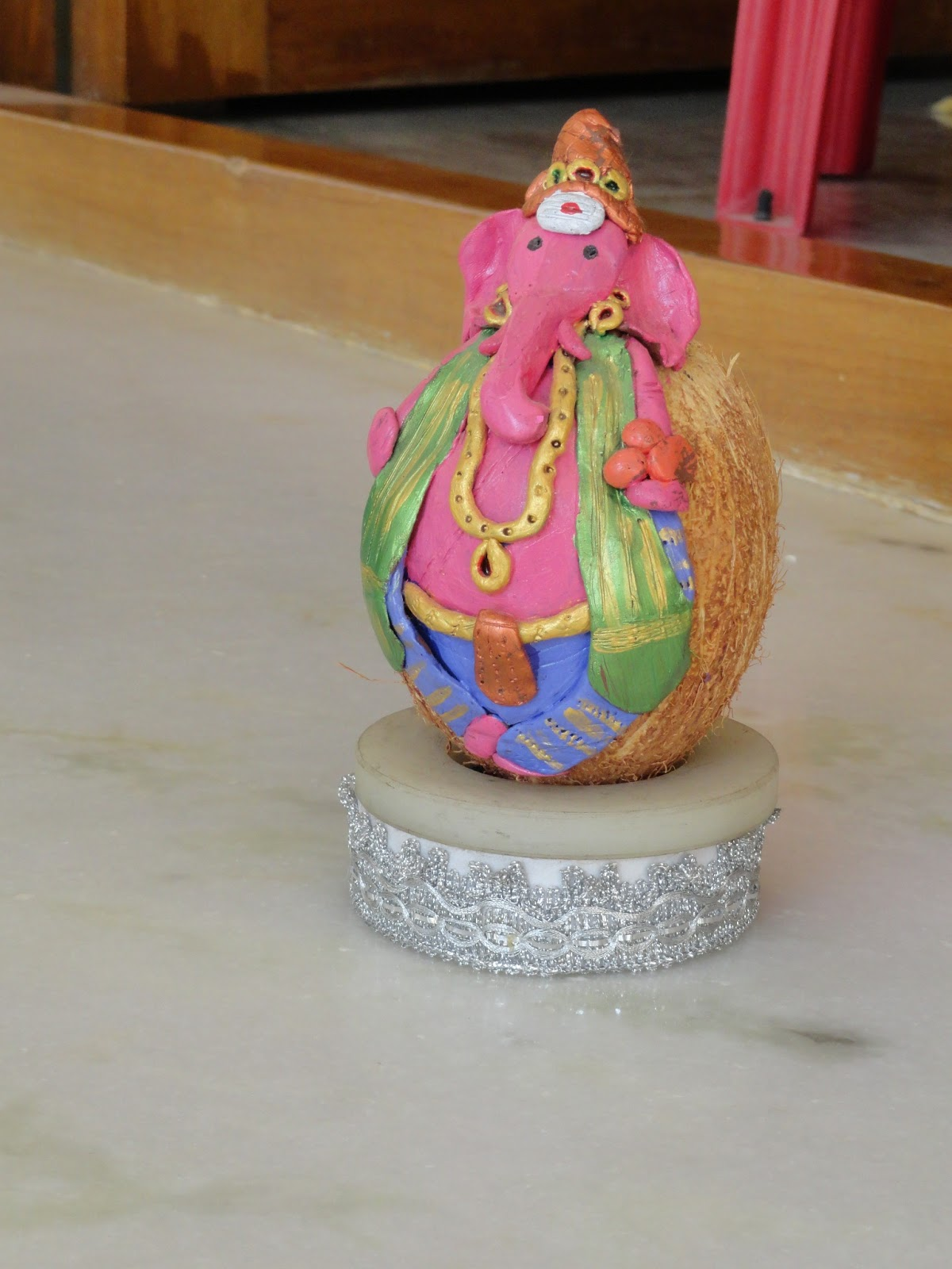 This Coconut Ganapathi Making Is Really Something Out Of The Box Which I Saw N Tried From My Friends Mom Who Excels In Craft