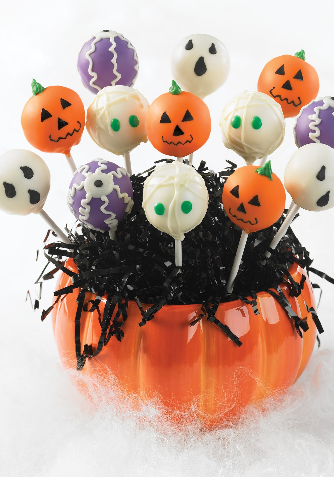 Crafty Zoo with Monkeys: Halloween Cake Pops