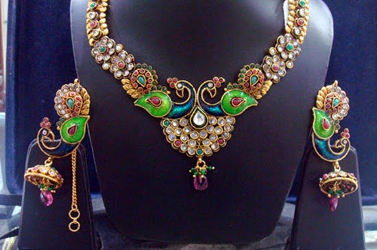 http://www.funmag.org/fashion-mag/jewelry-designs/kundan-gold-sets/