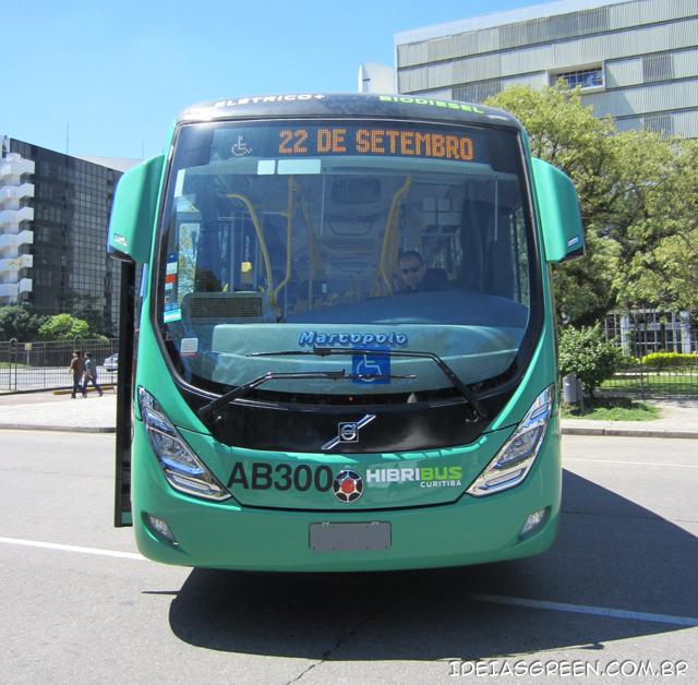 Hibribus de Curitiba é movido a biodiesel e eletricidade