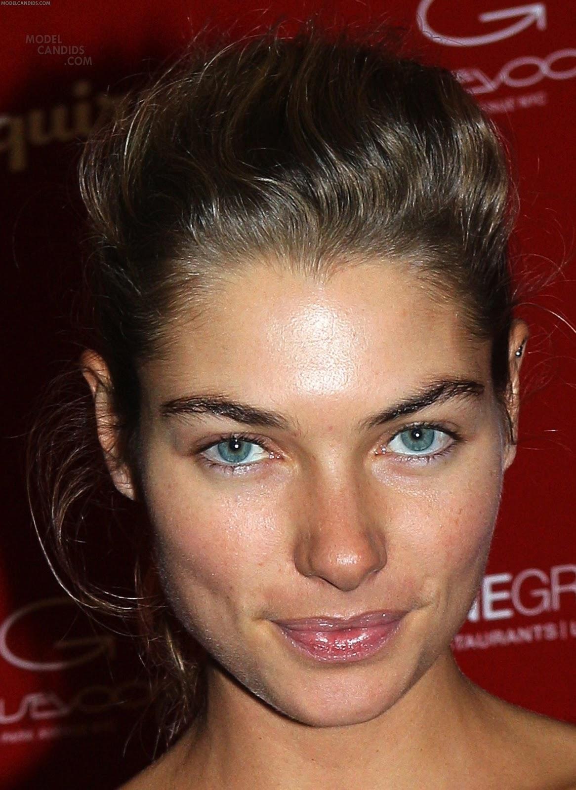 http://4.bp.blogspot.com/-rGI1mUPOrgI/TV-dqo7TjEI/AAAAAAAAI_g/HipTOstcKFM/s1600/Jessica+Hart+%2528Esquire+sexiest+women+alive+celebration+2010%2529.jpg