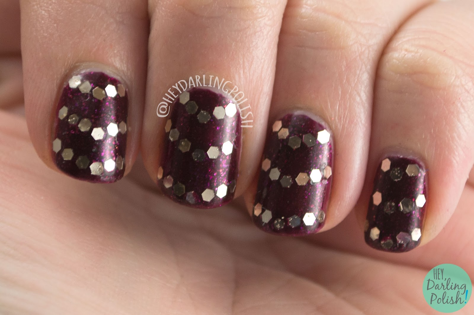 nails, nail art, nail polish, chevrons, glitter, glequins, hey darling polish, pahlish, indie polish, nail linkup