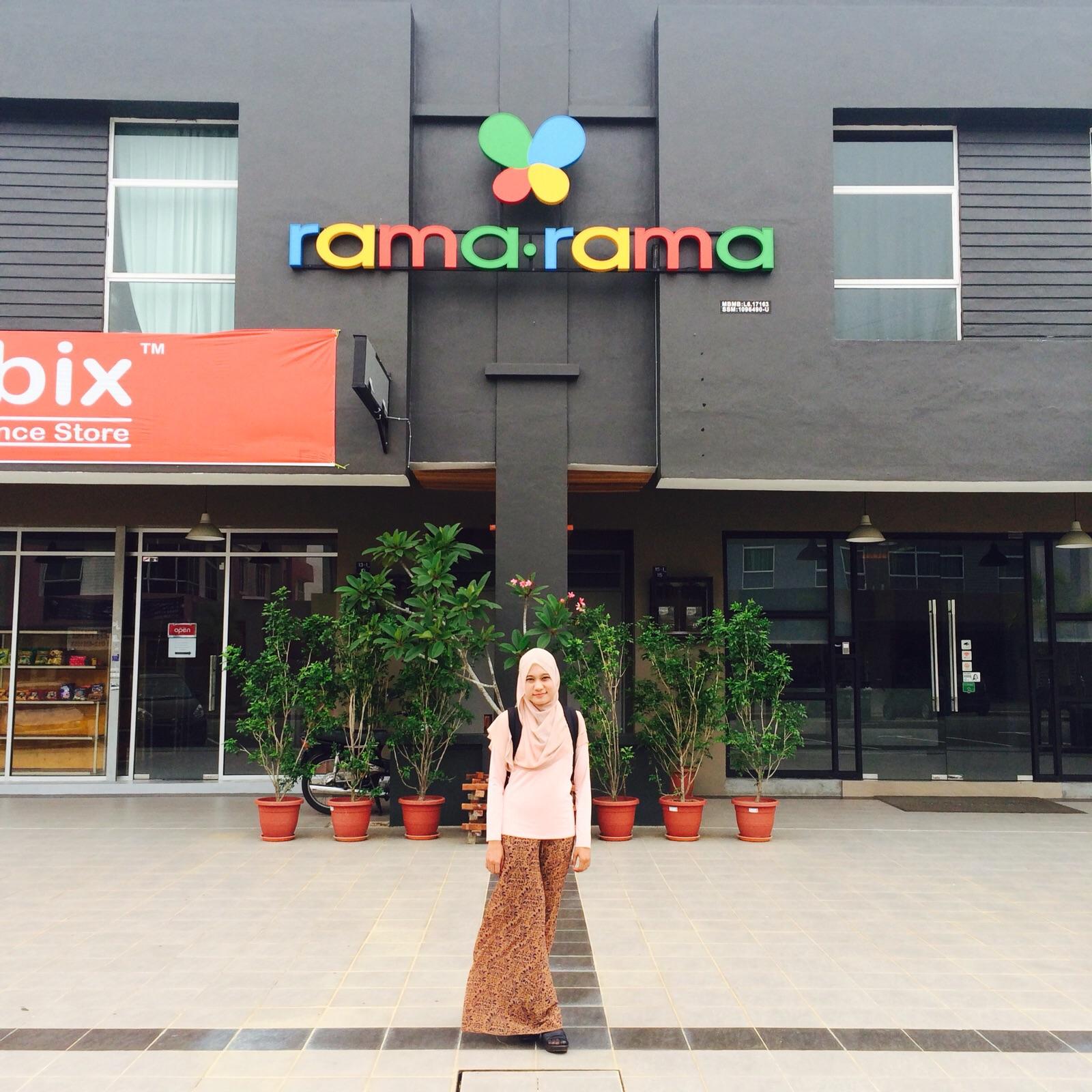 Excited Teghuk Bila Touchdown Depan RamaRama Hotel Ni Dari Luar Je Dah Tersergam Kecomelan Dia Memang Comel Sangat