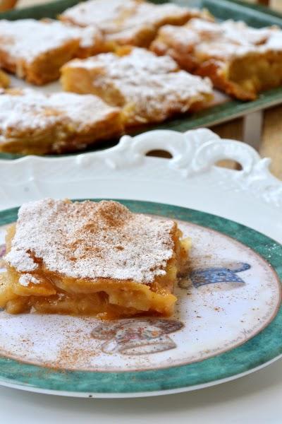 torta alle pere e marmellata di albicocche