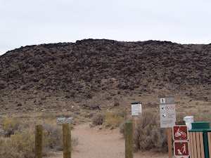 Entrance to the petroglyph canyon