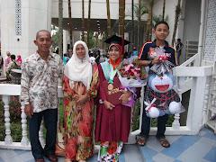 Family (Ayah, Mak, Adik)