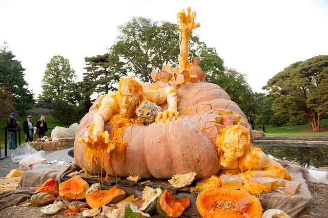 The World 39 S Largest Pumpkin Carved Into Zombies By Ray