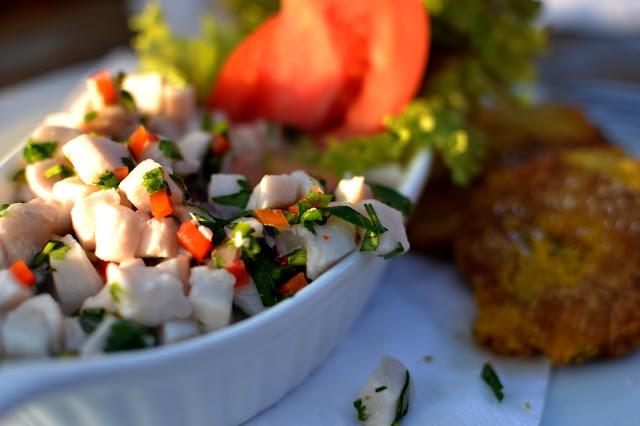 fresh fish red snapper cilantro onion tostones
