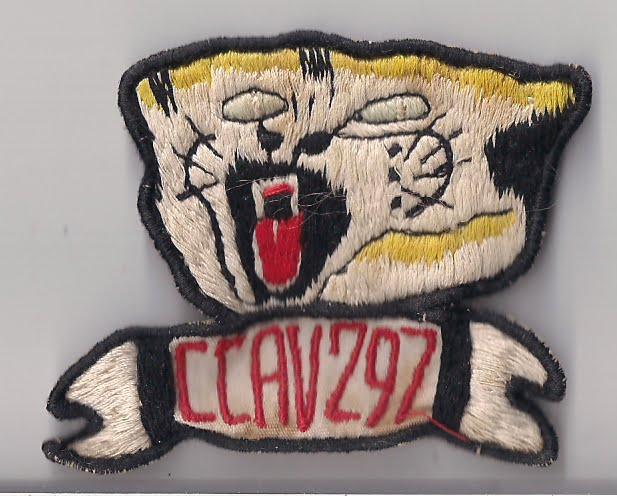 Distintivo criado para definir o Esquadrão 297- Angola 1962 - 1964