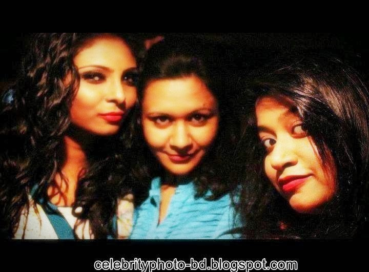 Bangladeshi+model+Naushin+Laila005