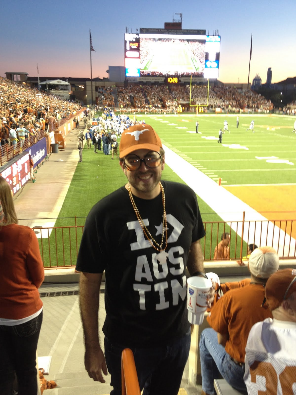 Live Happily Ever Now Ut Longhorn Game