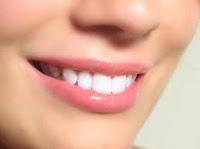 tips cara memerahkan bibir secara alami