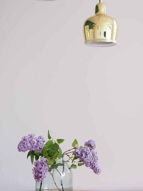 syreenin oksa lila lilac sireeni a330s goldenbell turkoosi maljakko