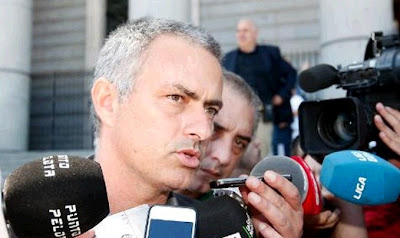 Mourinho attending the media after celebrates the 32nd League Championship