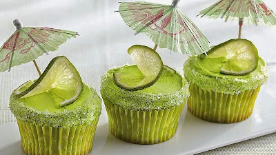Cupcakes of margarita cocktail-cakes mojito Recipe in english muffins
