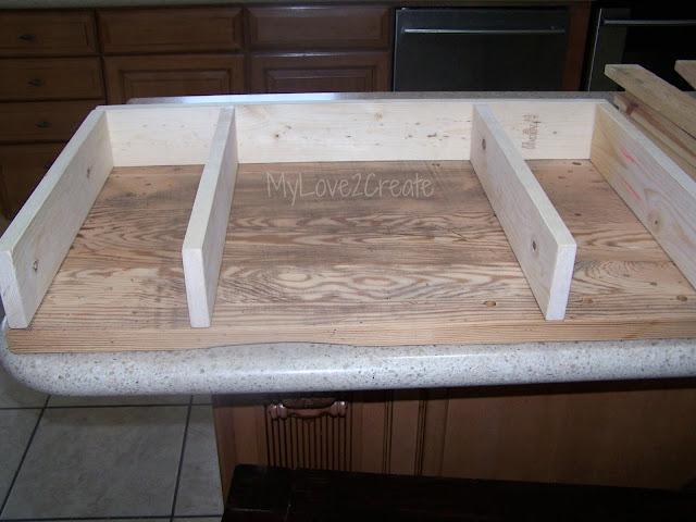 MyLove2Create, I turned an end table into a desk!