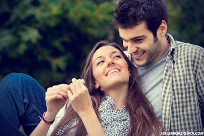Penelitian Mengungkap Hubungan Lebih Awet Jika Pamer Kebahagiaan