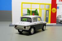 Tomica Limited Vintage   Mazda Carol police