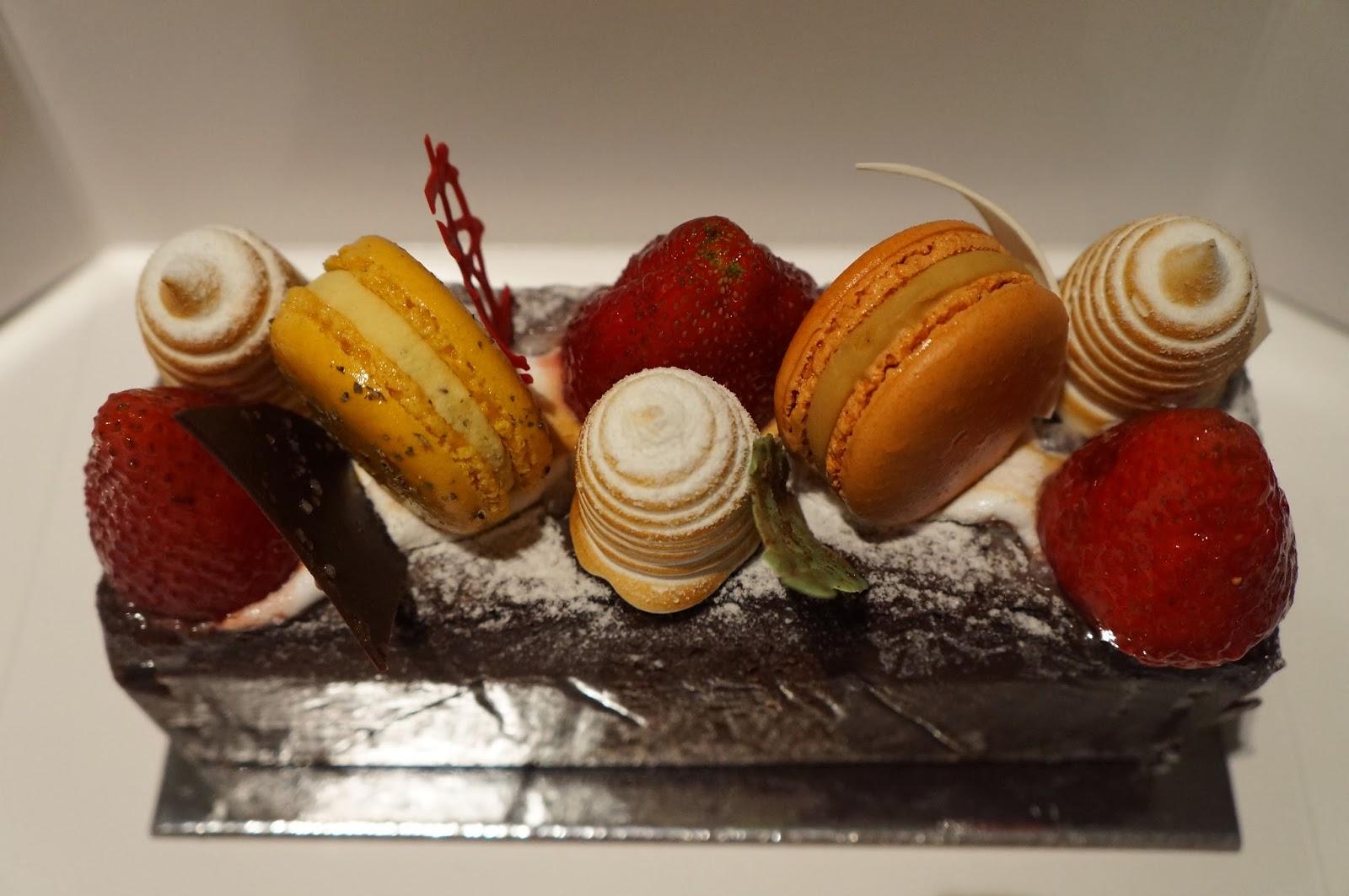 Zumbo S Just Desserts Birthday Cakes