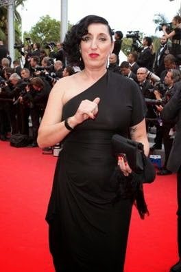 Spanish actress Rossy De Palma looked gorgeous wearing the Atelier Swarovski by Viktor&Rolf black cuff.