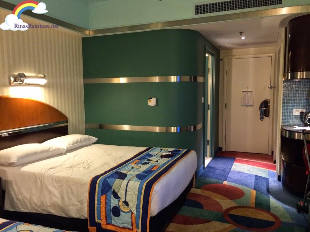 disneyland hollywood hotel hong kong