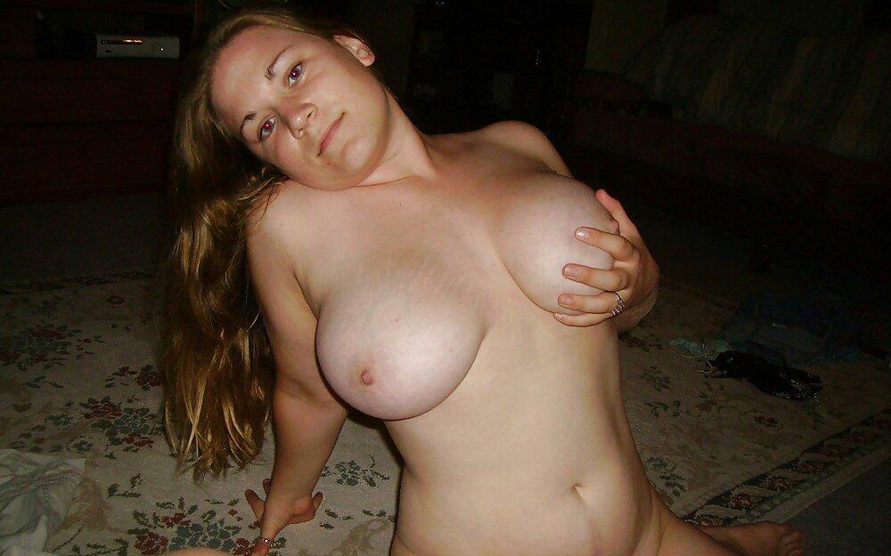 Частное фото голых пухлых девушек