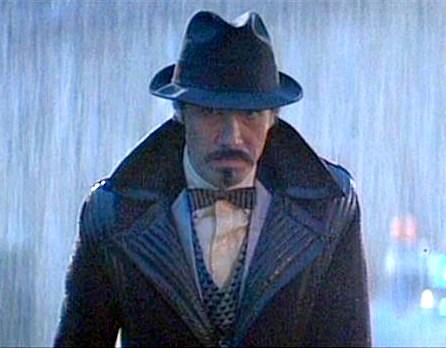 Edward_James_Olmos+hat+Blade+Runner.jpg