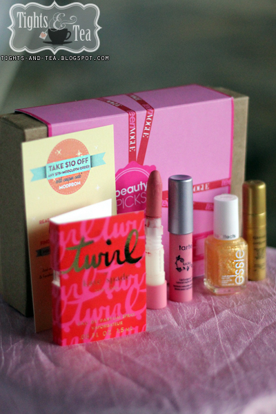 March 2012 Birchbox - Teen Vogue special box