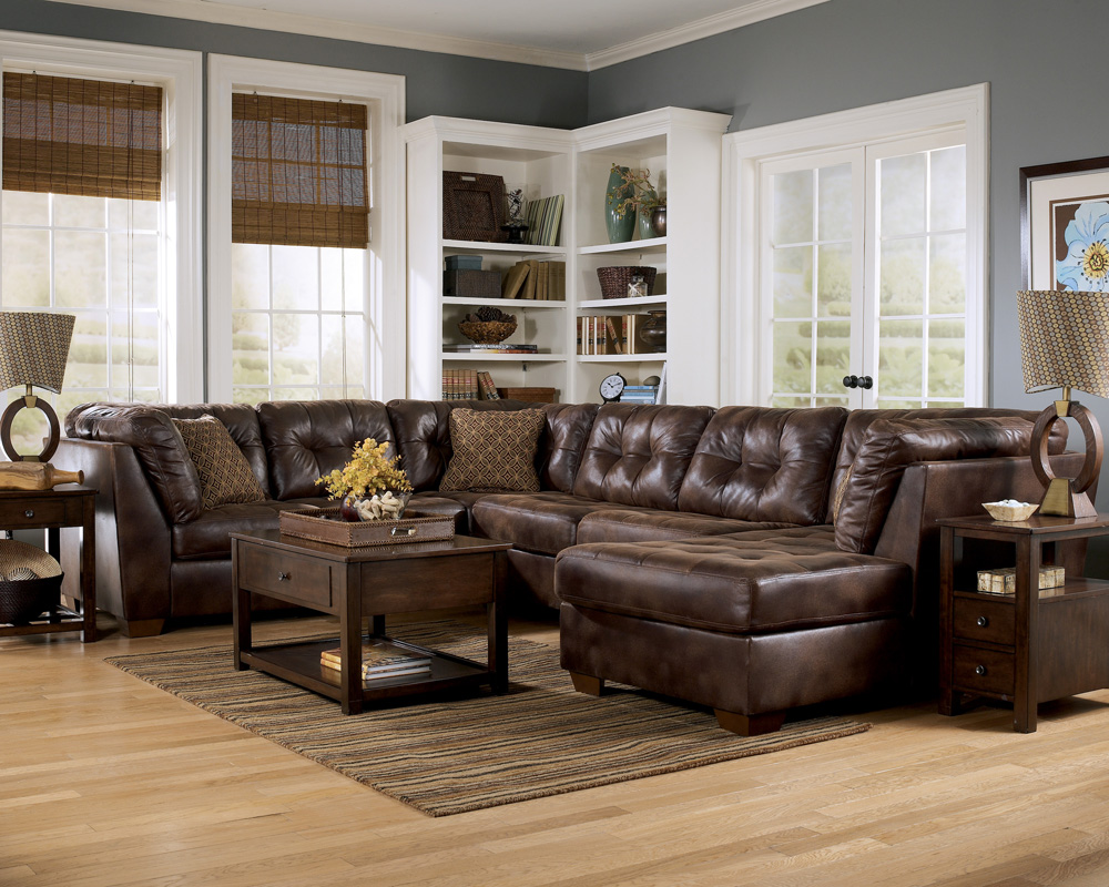 Frontier canyon chaise sectional by ashley furniture for Living room sectionals