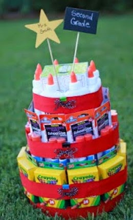 School Supply Cake //  WorthingtonLower.com