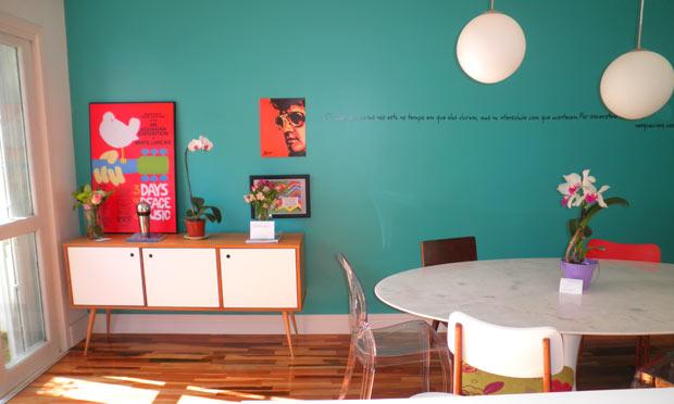 Sala De Estar Com Uma Parede Azul ~ Modas E Decorações Decoração de casa e Design de interiores
