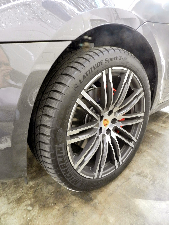 Nova Macan Turbo! Uma Porsche que dá para usar no dia-a-dia!