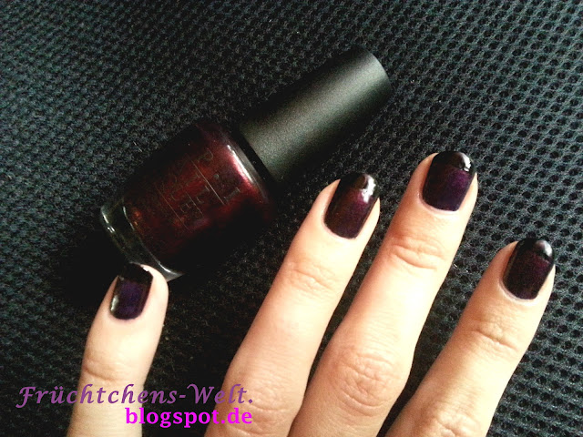 NOTD French Nails mit EVERY MONTH IS OKOTBERFEST von OPI