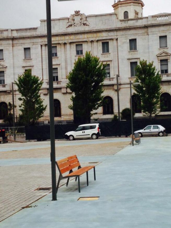 Globalia urbanismo integral s l mobiliario urbano en for Jardines de pereda
