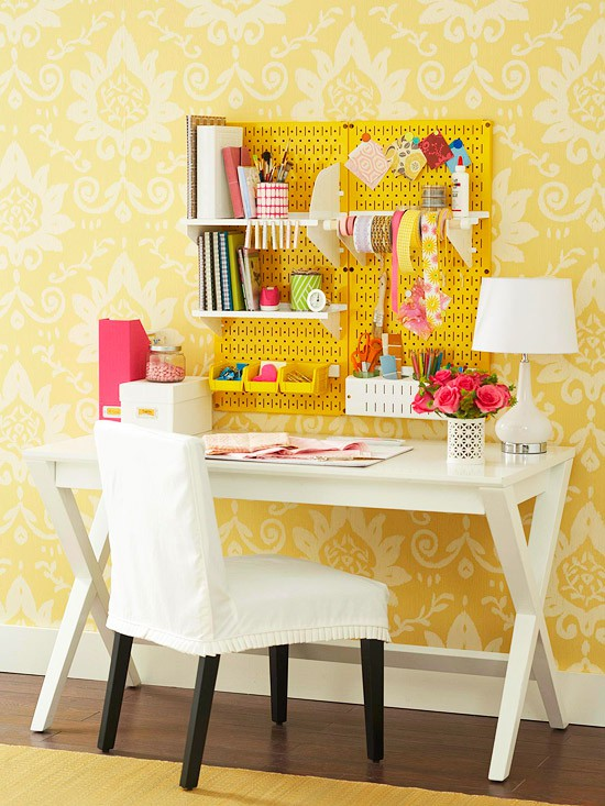 I Know Iu0027ve Seen This Before, But I Thought Iu0027d Post It Again Here For  Inspiration. A Pegboard Is The Perfect Tool For Organizing Desk Items {from  Small To ...