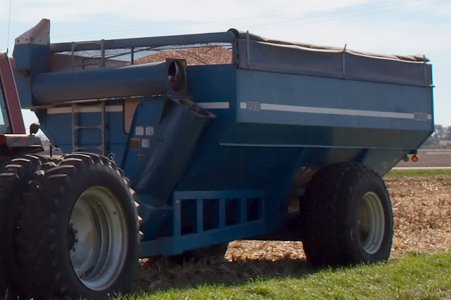 Auger Wagon1